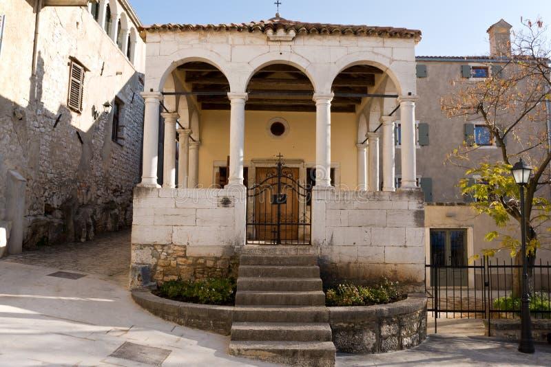 De Kerk van St Anthony, Vrsar, Kroatië royalty-vrije stock foto
