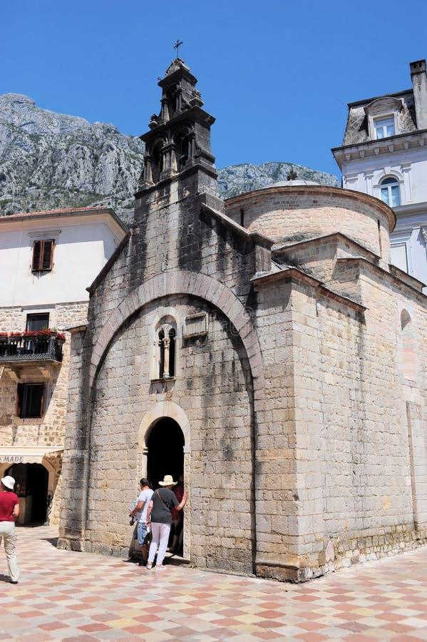 De Kerk van St Luke in Kotor is de oudste tempel in Montenegro stock foto's