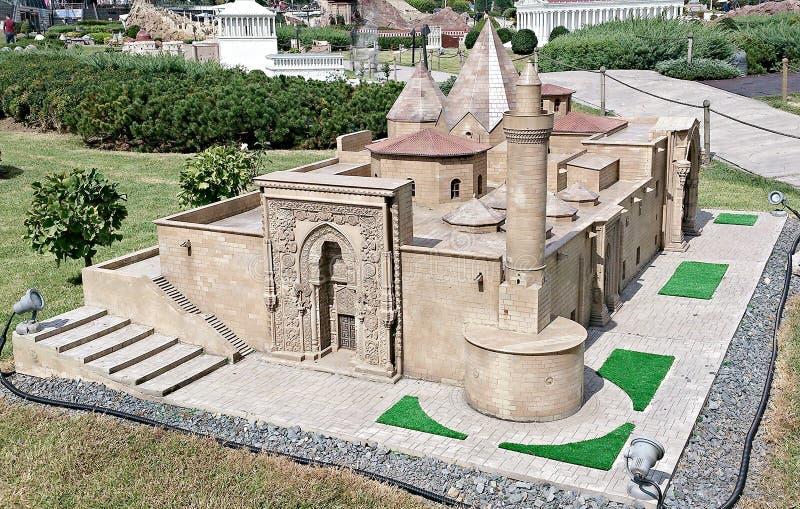 De kerktempel zet in moskee om stock afbeeldingen