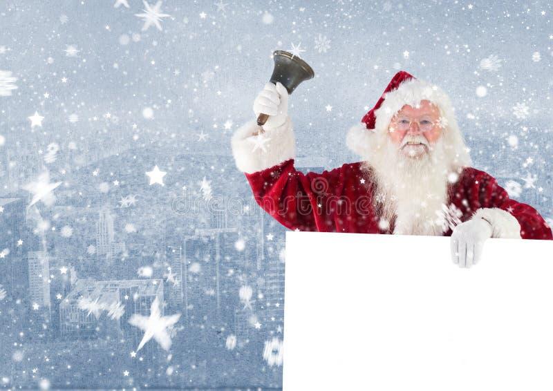 De Kerstman die een lege aanplakbiljet en een klok houden stock foto