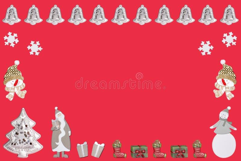 De Kerstman een Kerstmisboom vele Kerstmisgiften en klokken met sneeuwman en sneeuwvlokken royalty-vrije illustratie