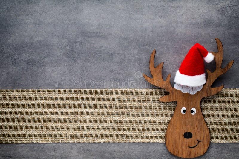 De Kerstman op een slee De achtergrond van de Noelgnoom Kerstmissymbool royalty-vrije stock foto