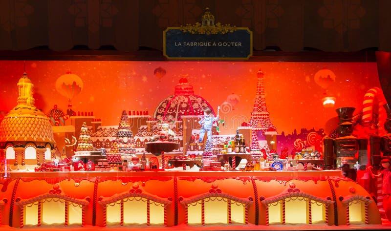 De Kerstmisshowcase van Printemps-winkelcentrum, Parijs, Frankrijk stock fotografie
