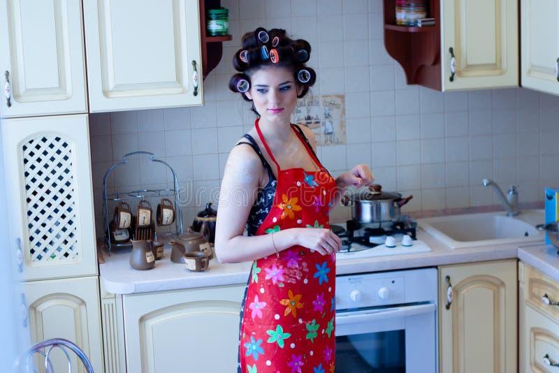 In de keuken royalty-vrije stock afbeeldingen