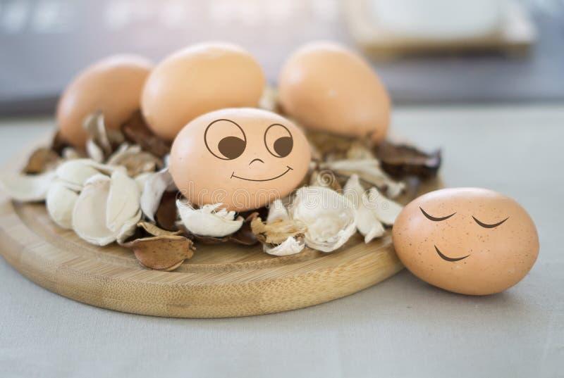 De keuken van de eierenglimlach stock foto's