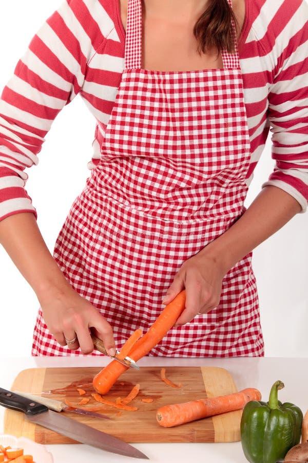 De keukengroenten van de vrouw royalty-vrije stock fotografie