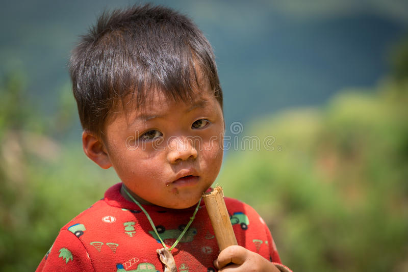 De kinderen van de H'mongetnische minderheid royalty-vrije stock afbeeldingen