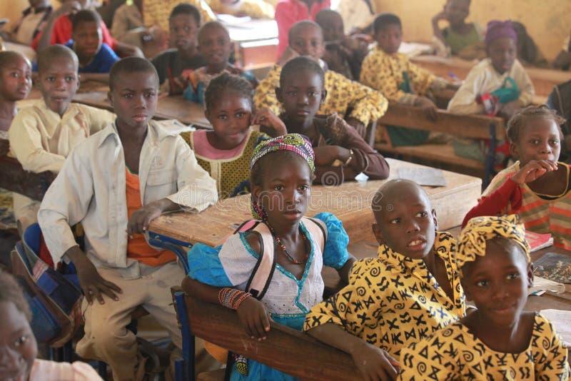 De kinderen van de school stock foto's