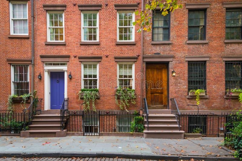 De klassieke flatgebouwen van New York in het Dorp van Greenwich royalty-vrije stock foto's