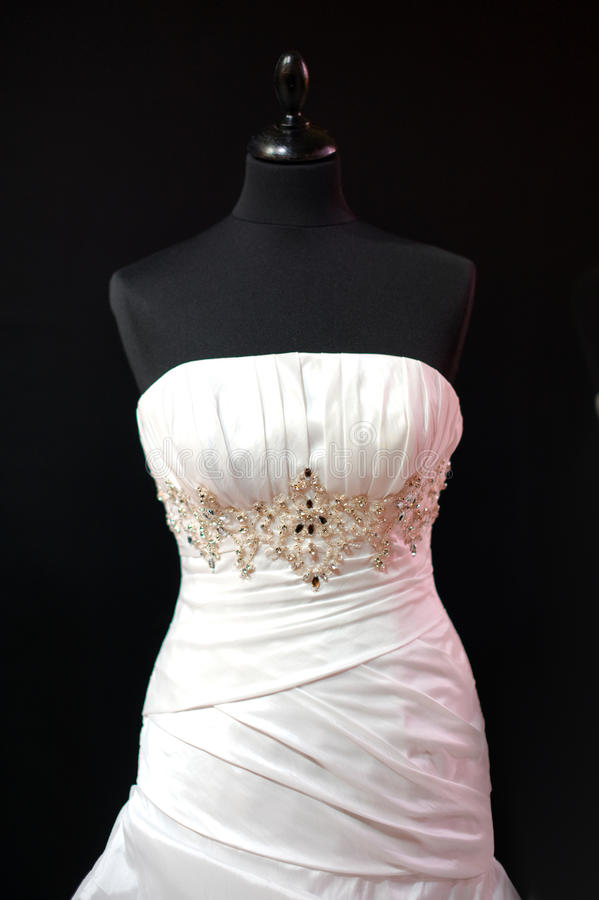 De kleding van het huwelijk op ledenpop stock fotografie