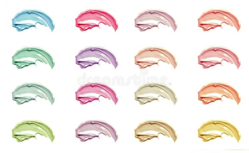 De klei van het schoonheidsmiddelenmasker op een witte achtergrond stock fotografie