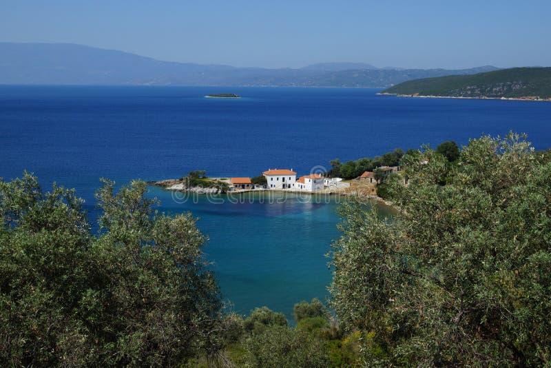 De kleine baai, zet Pelion, Thessaly, Griekenland op royalty-vrije stock foto's