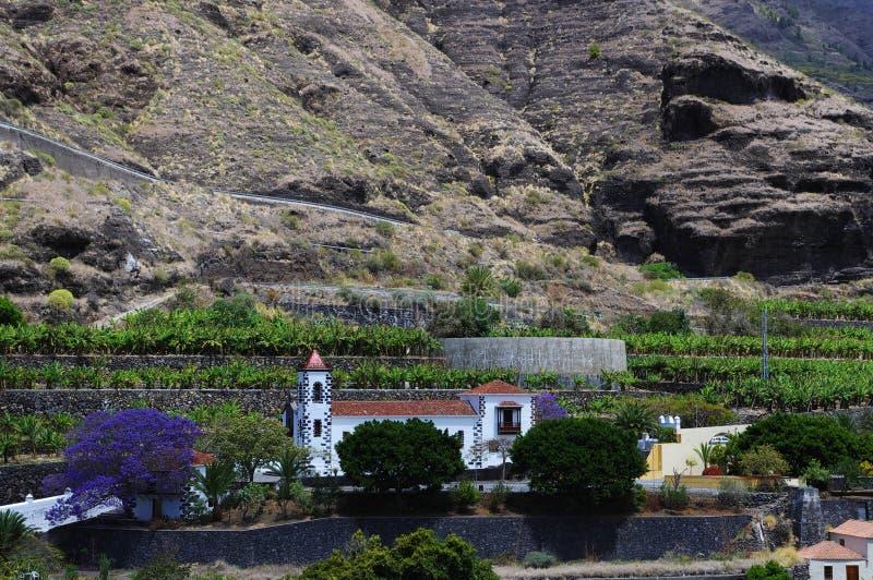 De kleine kerk in de banaanvallei stock afbeeldingen