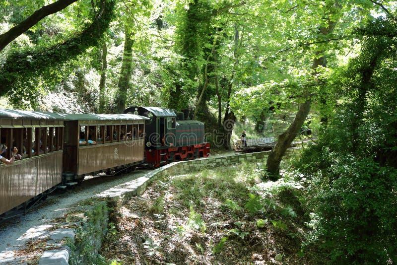 De kleine trein van Pelion Griekenland royalty-vrije stock afbeeldingen