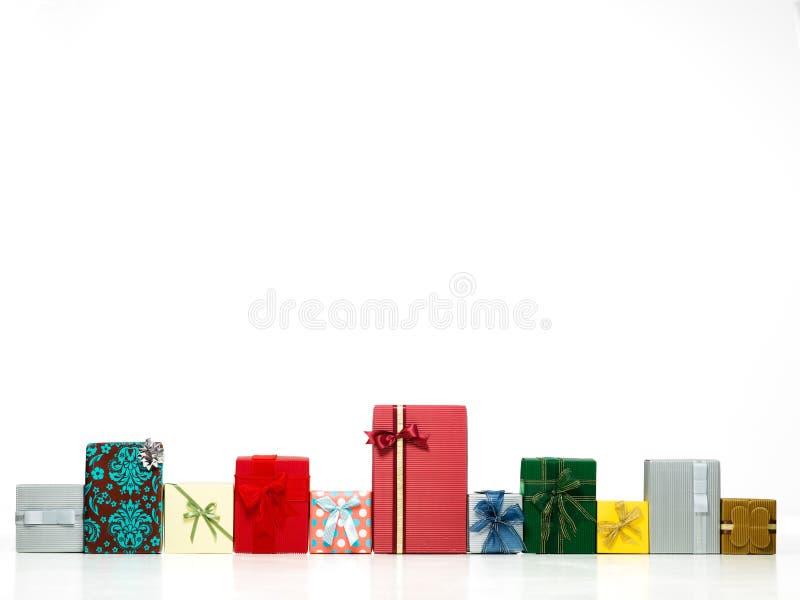 De kleurrijke dozen van de verrassingsgift stock foto