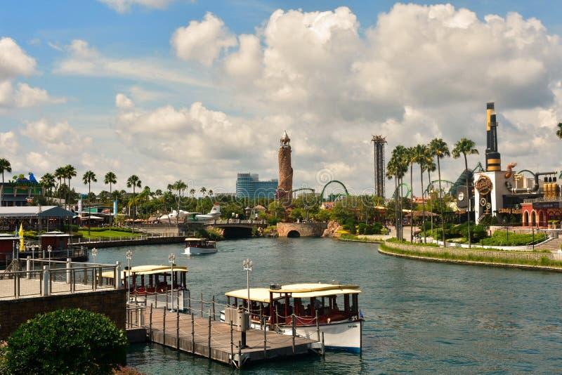 De kleurrijke gang van de Ochtendstad in Universal Studios Reiskaart stock foto