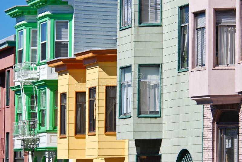 De kleurrijke Huizen van San Francisco stock foto's