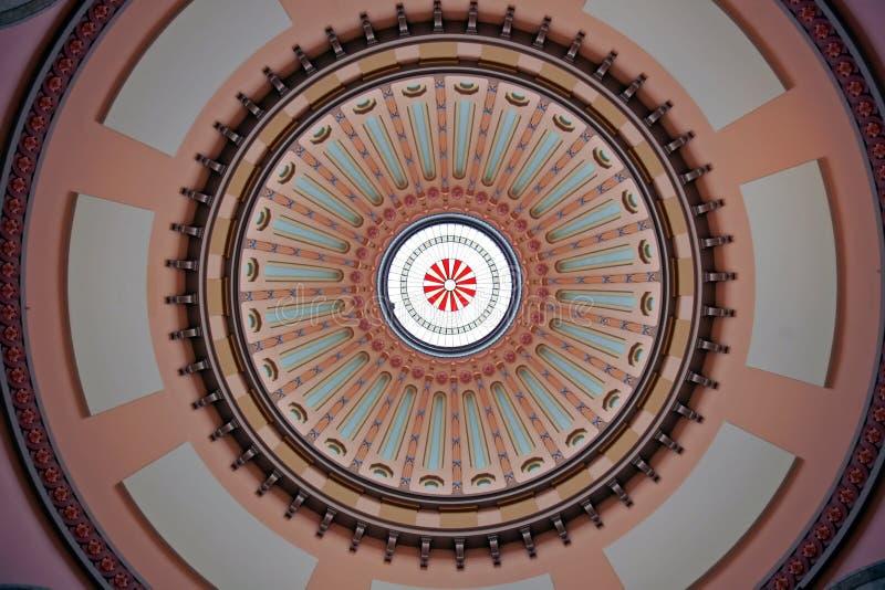 De kleurrijke Koepel van de Rotonde van Ohio Statehouse royalty-vrije stock fotografie