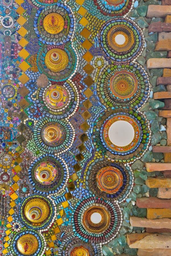 De kleurrijke kunst van het glasmozaïek, abstracte muurachtergrond stock afbeeldingen