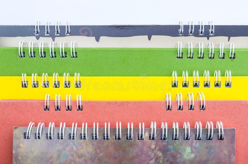 De kleurrijke lagen van stekelkalenders vector illustratie