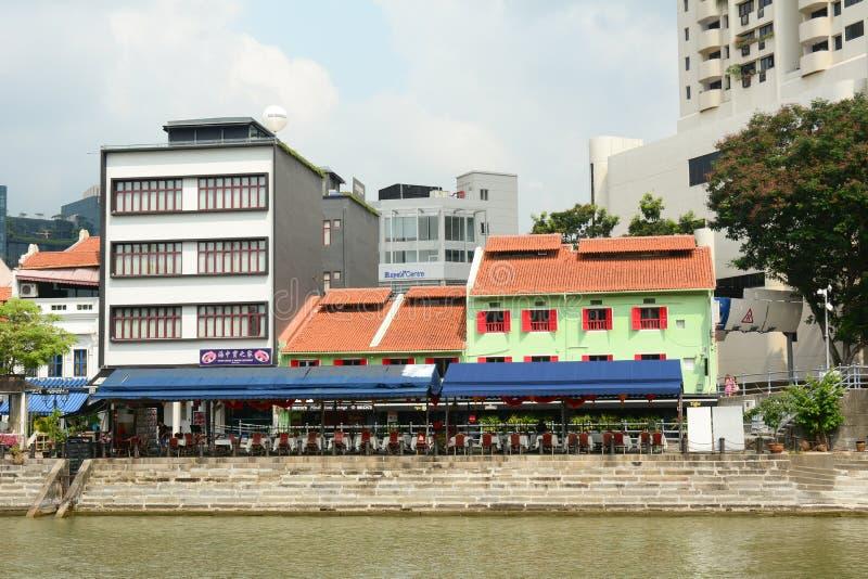 De kleurrijke rivier van Singapore van de restaurantspunt stock foto