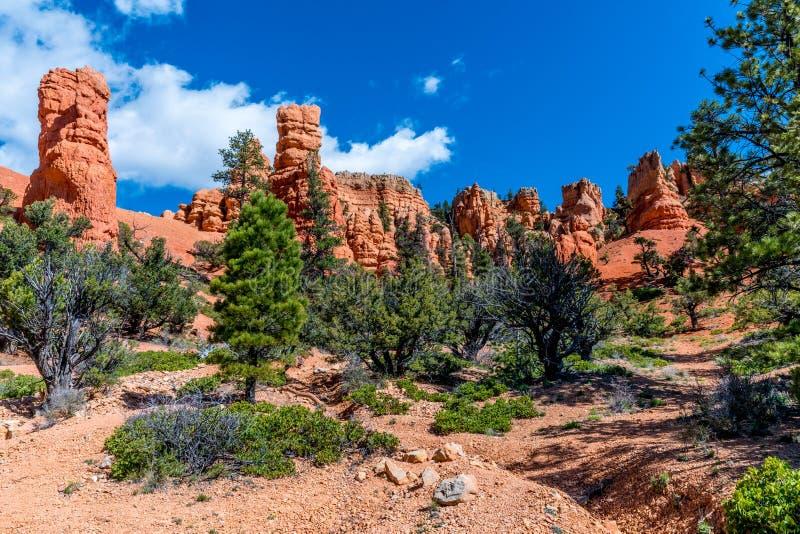 De kleurrijke Vormingen van de Ongeluksboderots dichtbij Bryce Canyon National Park, royalty-vrije stock foto's