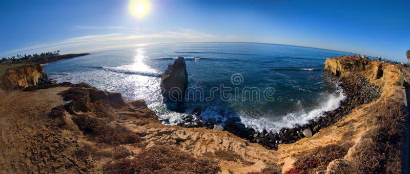 De klippen San Diego van de zonsondergang royalty-vrije stock afbeelding