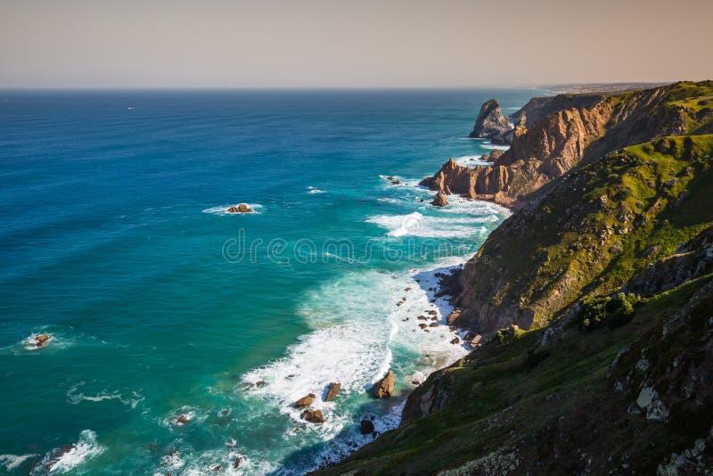 De klippen van Cabo DA Roca, Portugal Het meest westelijke punt van E royalty-vrije stock foto's