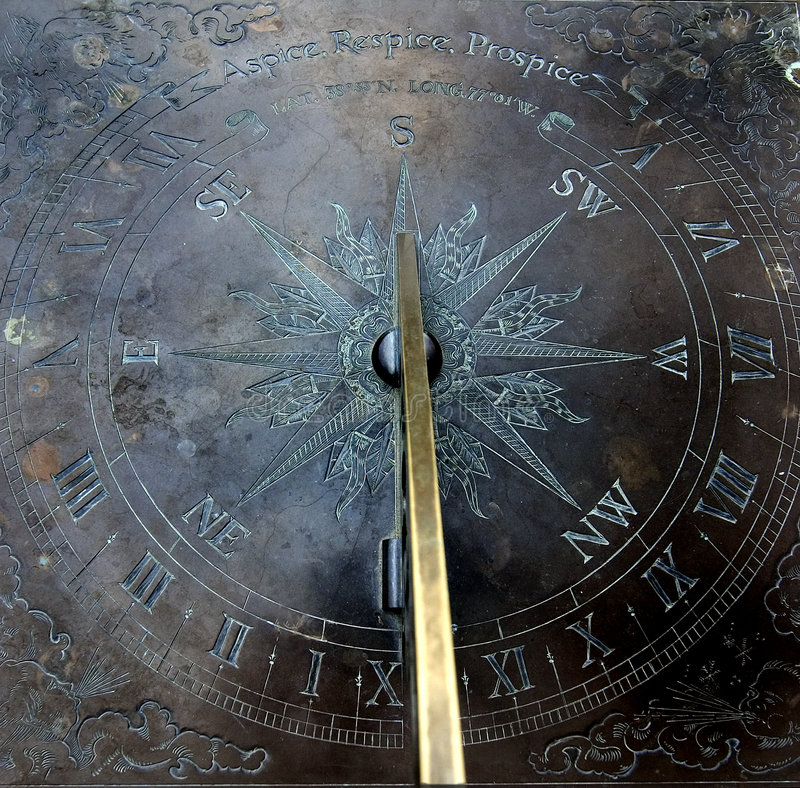 De klok van de zon (zonwijzerplaat) royalty-vrije stock foto