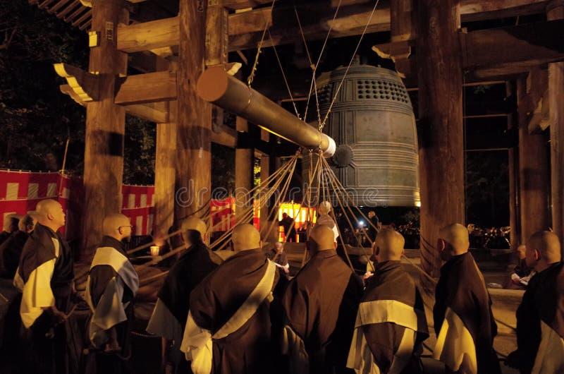 De klok van de tempel bij chion-binnen bij de Vooravond van Nieuwjaren stock fotografie