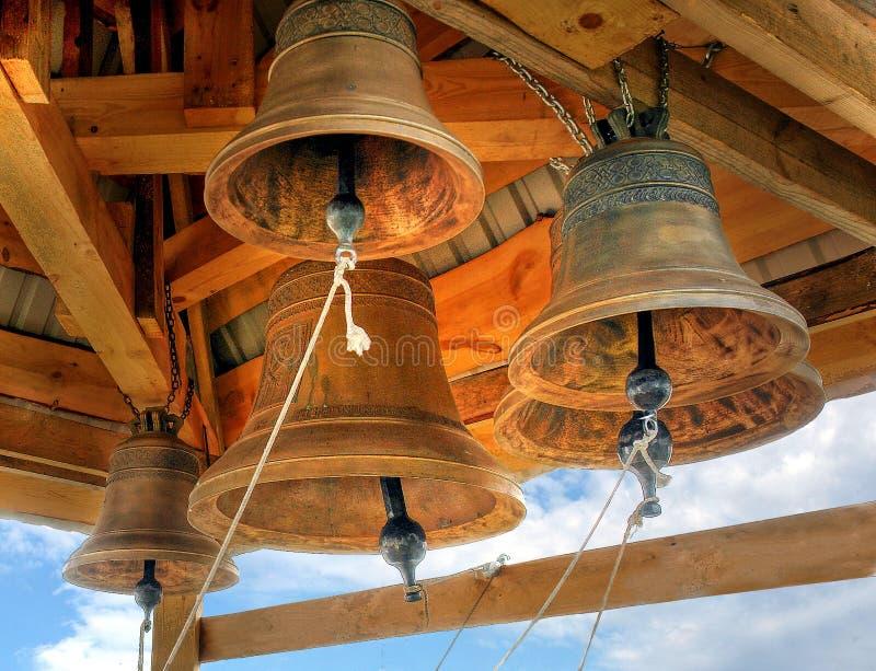 De klokken van de kerk   stock afbeeldingen