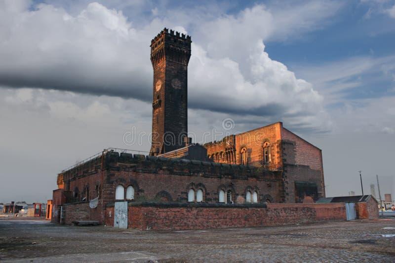 De Klokketoren van Birkenhead stock afbeeldingen
