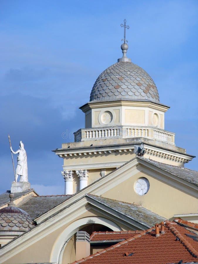 De Klokketoren van de kathedraal [3] stock foto's