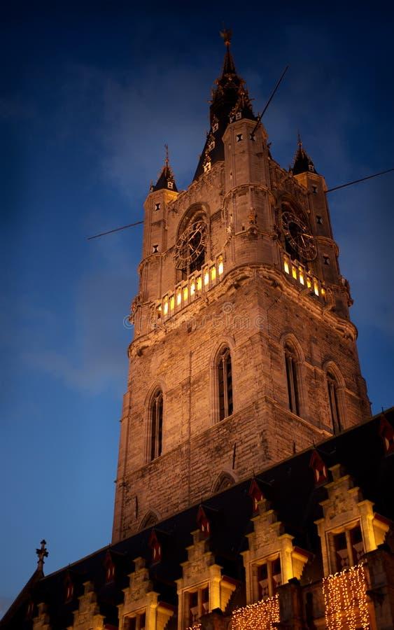 De Klokketorentoren in Gent is meter-lange Klokketoren 91, de langste klokketoren in België De bouw van de toren begon in 1313 stock afbeelding