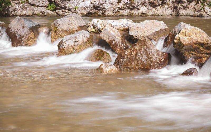 De kloof van de Gradacrivier stock foto's