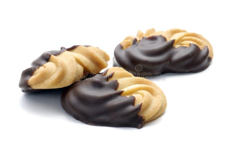 De koekjes van de chocolade op witte achtergrond stock afbeeldingen
