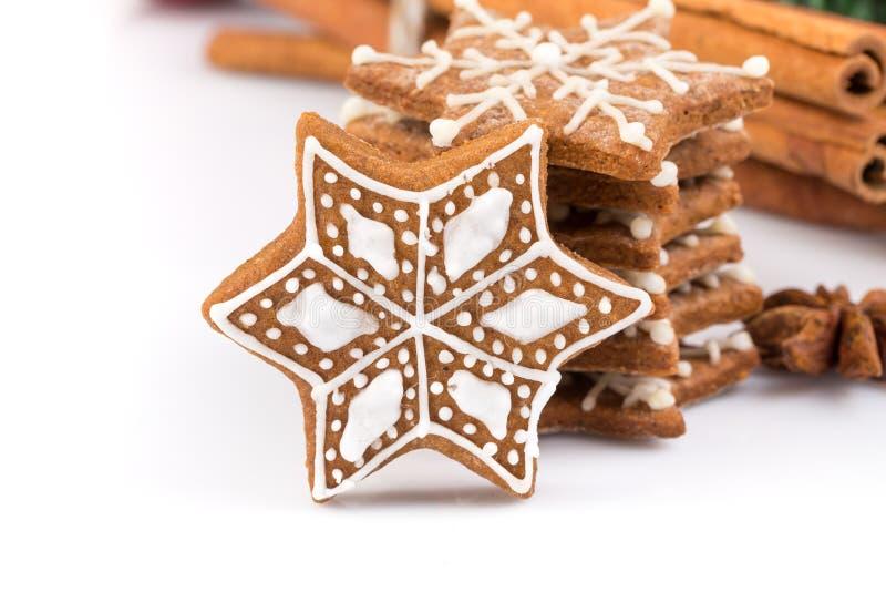 De koekjes van de Kerstmispeperkoek van de stervorm royalty-vrije stock foto