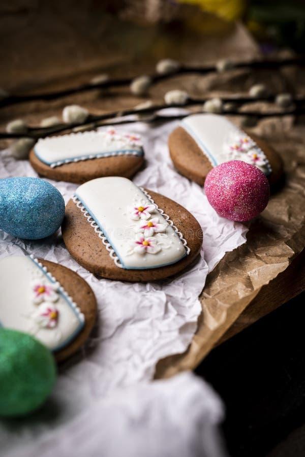 De koekjes van Pasen Eigengemaakte traditionele beboterde Pasen-koekjes royalty-vrije stock afbeelding