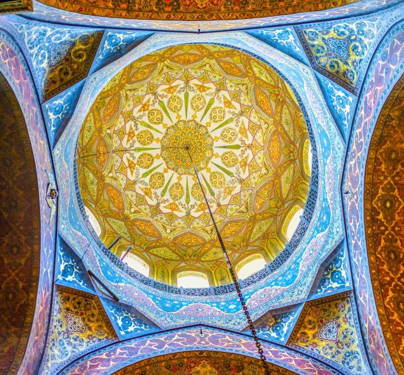 De koepel van Etchmiadzin-Kathedraal stock fotografie