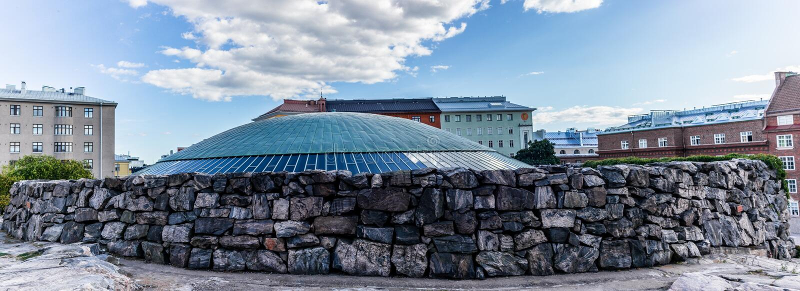 De koepel van de kerk in de rots in Helsinki - 1 royalty-vrije stock foto