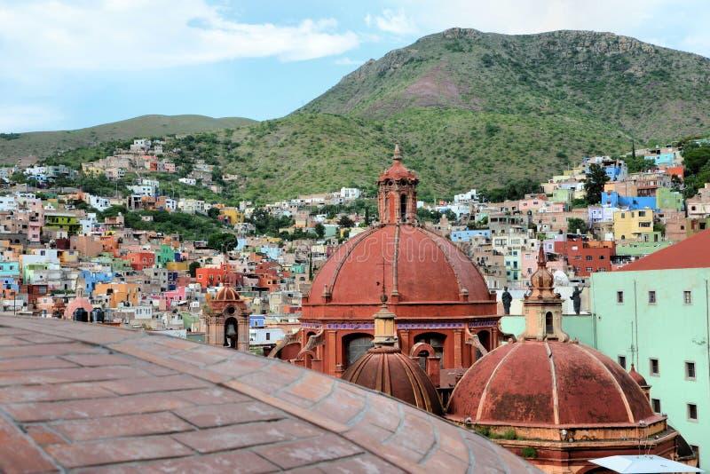 De koepels van de Guanajuatostad royalty-vrije stock afbeelding