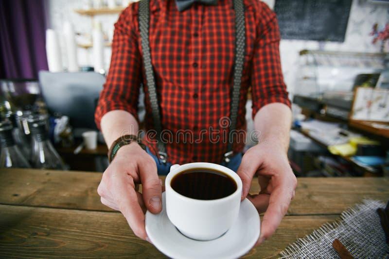 De koffie is klaar stock foto's