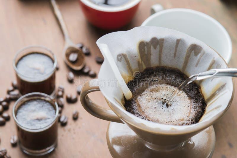 De koffie van de filterdruppel stock foto