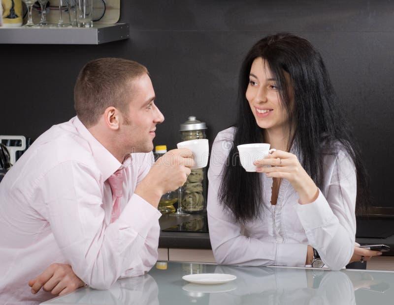 Download De koffie van de ochtend stock foto. Afbeelding bestaande uit gelukkig - 10782558