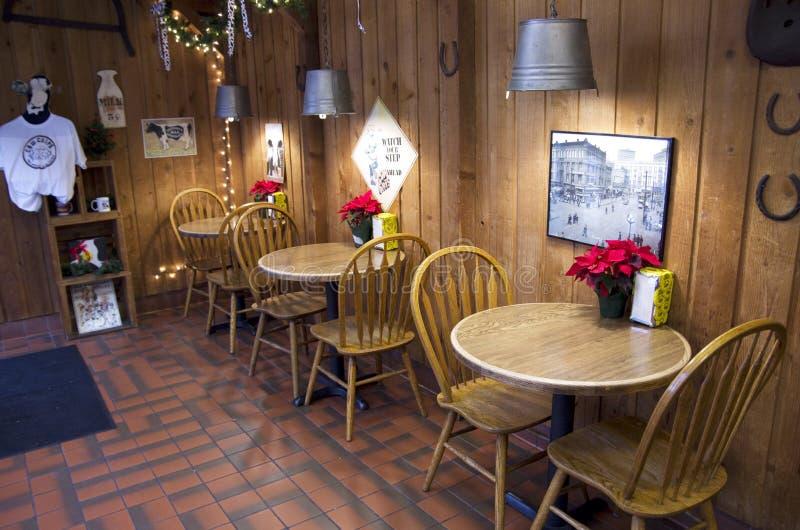 DE KOFFIErestaurant VAN DE KOFFIEwinkel stock foto