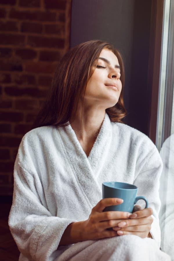 De koffietijd van de ochtend royalty-vrije stock foto's