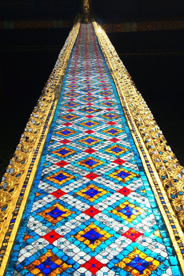 De kolom van de Tempel van Smaragdgroene Boedha. Thailand stock fotografie