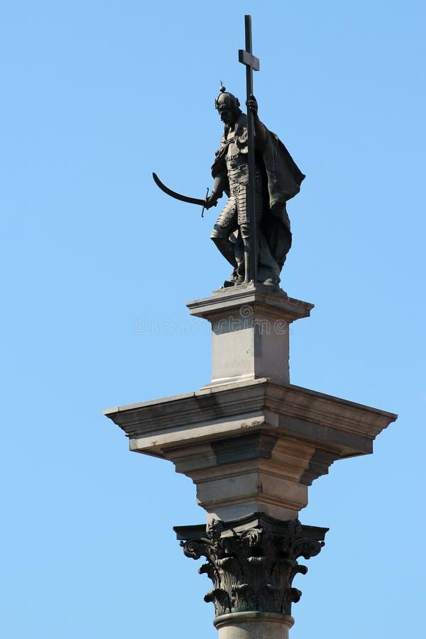De Kolom van Sigismund in 1644 wordt opgericht, geïnstalleerd op Kasteelvierkant in Oude Stad van Warshau, Polen dat stock foto's
