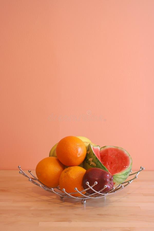 De kom van het fruit stock afbeeldingen
