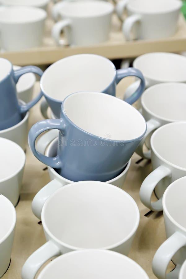 Download De Kop Van De Koffie Op Verkoop Stock Afbeelding - Afbeelding bestaande uit chinees, verkoop: 29510481